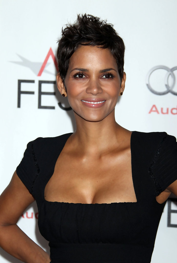 Short Hairstyles for Mixed Women - Best Short Hairstyles ...
