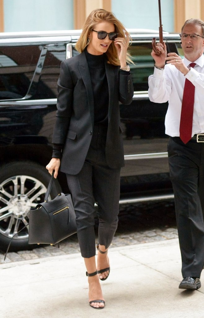 10 Outfit Ideas To Steal From The Stars This Week Fashion Guide Livingly