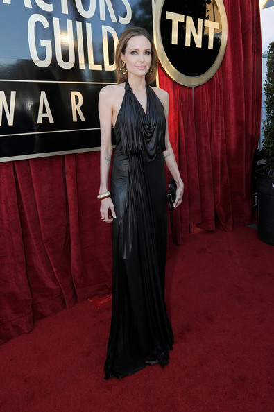 Stepping Out In Metallic Jenny Packham At The 2012 SAG Awards
