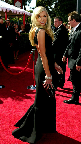 Portia de Rossi 2004 Emmy Awards