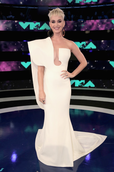 Katy Perry in Stephane Rolland at the MTV VMAs