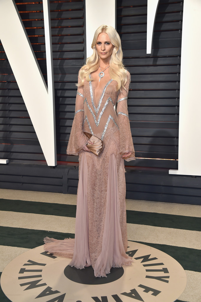 Poppy Delevingne in Boho Sleeves and Lace - The Most Fabulous Dresses at the Oscar After Parties ...