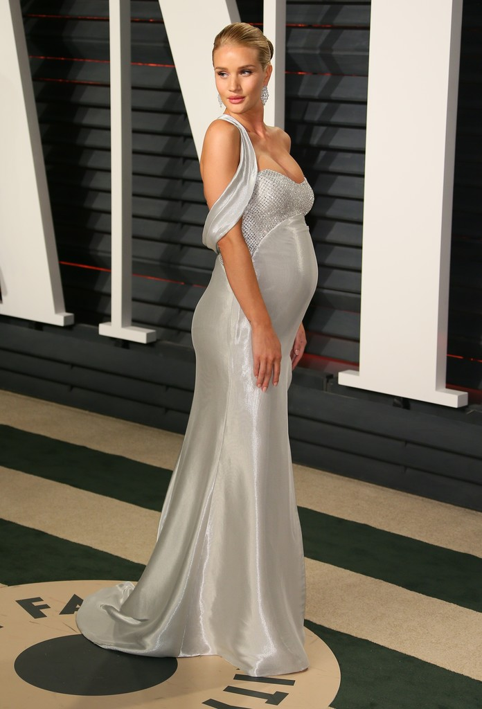 Rosie Huntington Whiteley Now Red Carpet Flashback Then Amp Now Livingly