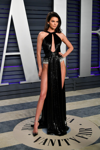 Kendall Jenner At The 2019 Vanity Fair Oscar Party