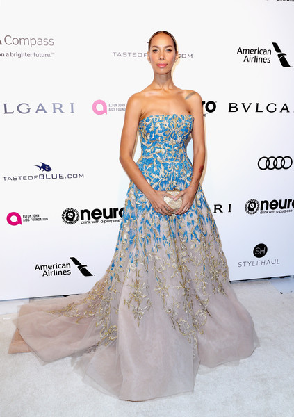 Leona Lewis in Strapless Blue Embroidery