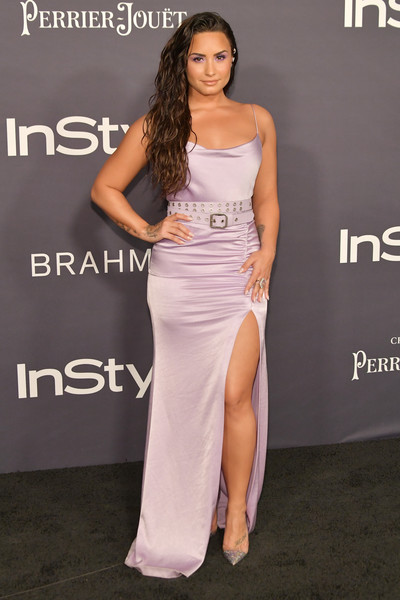 Demi Lovato's Belted Lilac Gown