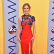 Jennifer Nettles in a Red Column Dress