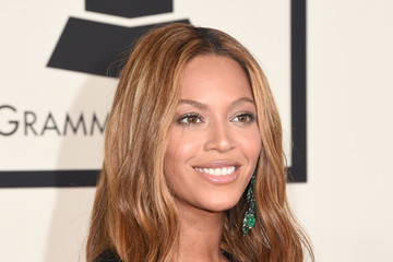Beyonce on the Red Carpet at the 2015 Grammy Awards