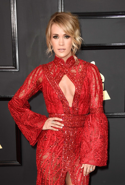 Cleavage Was the Biggest Style Trend at the 2017 Grammys