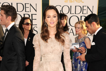 Leighton Meester Mixes It up in Burberry Prorsum at the Golden Globe Awards 2011