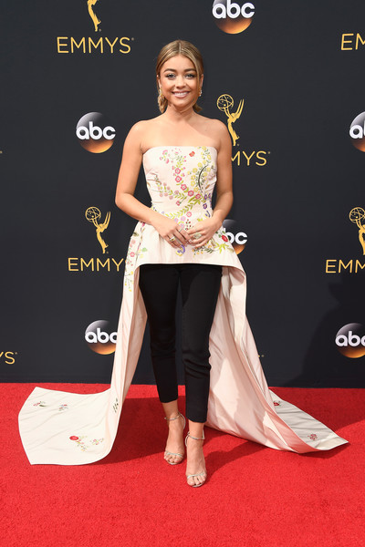 Sarah Hyland 2016 Emmy Awards