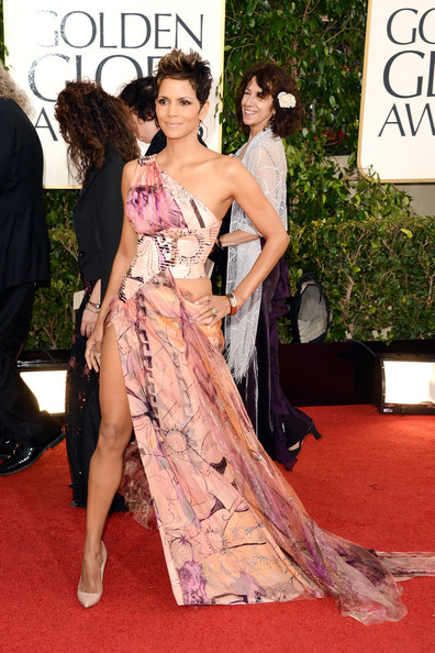 Halle Berry in Versace at the 2013 Golden Globes