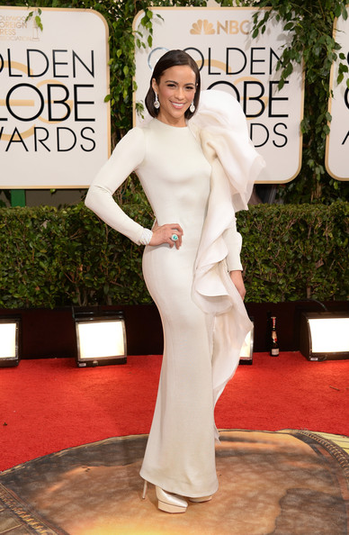 Paula Patton in Stephane Rolland at the 2014 Golden Globe Awards