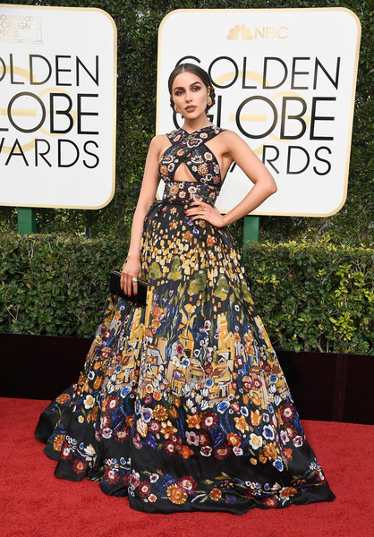 Olivia Culpo in Zuhair Murad at the 2017 Golden Globes