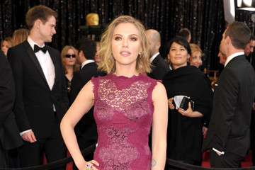 Scarlett Johansson Oscars Dress Ranks #14 on Best Dressed List