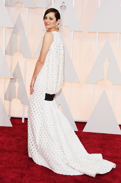 Marion Cotillard at the 2015 Oscars