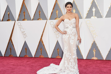 Priyanka Chopra Wins the Oscars Red Carpet in White