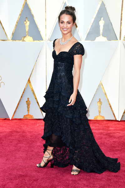 Alicia Vikander in Tiered Ruffles