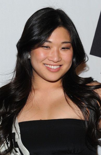 Best Hairstyles For Round Asian Faces - Hairstyle Tips - Livingly