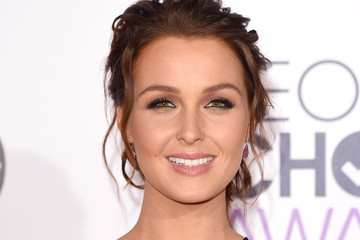 Camilla Luddington Pictures - People's Choice Awards 2015