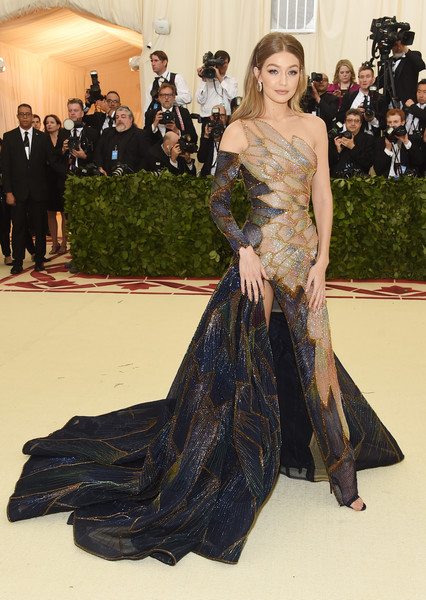 Gigi Hadid In Versace At The Met Gala