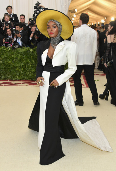 In Black And White Marc Jacobs At The 2018 Met Gala