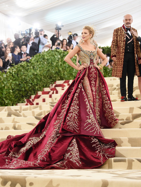 Blake Lively In Atelier Versace At The Met Gala