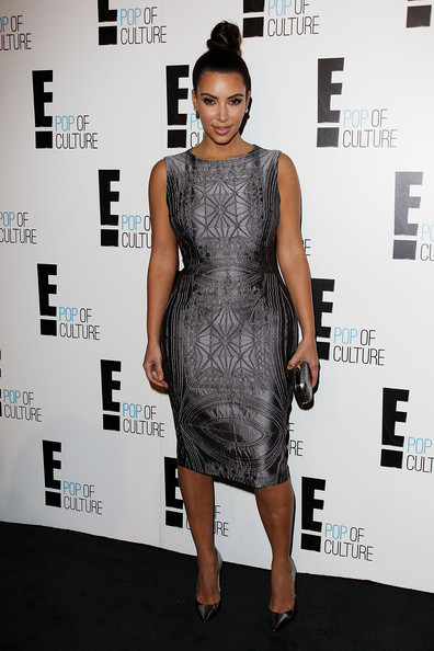 Wearing A Vera Wang Cocktail Dress At An E! Channel Event In 2012