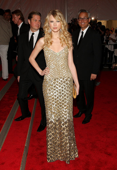 Taylor Swift in Badgley Mischka