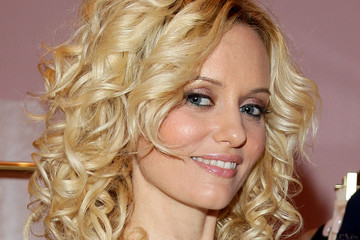 Justine Mattera's Curled Hair Ideas