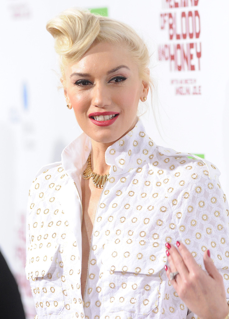 Gwen Stefani\'s Metallic Red Nail Polish at the Premiere of \'In the ...