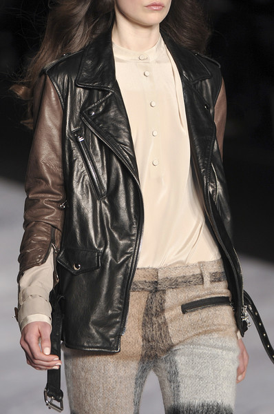 3.1 Phillip Lim at New York Fall 2010 (Details)
