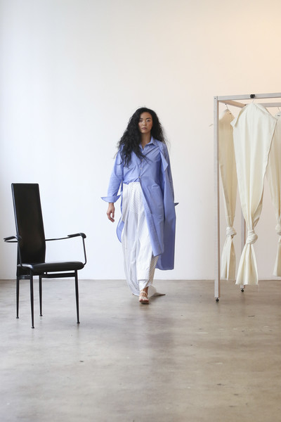 A Company at New York Spring 2019 [white,clothing,blue,shoulder,fashion,furniture,dress,fashion design,joint,textile,dress,outerwear,fashion,textile,clothing,costume,wear,shoulder,company,new york fashion week,outerwear,fashion,dress,formal wear,clothing,costume,textile,stx it20 risk.5rv nr eo,table]