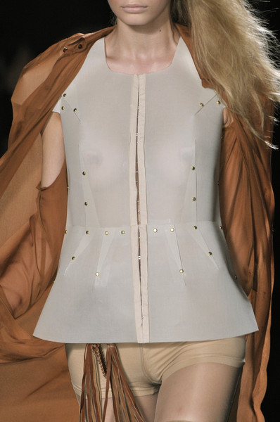 A.F. Vandevorst at Paris Spring 2010 (Details)