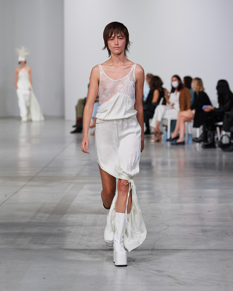 Ac9 at Milan Spring 2022 [footwear,joint,sleeve,knee,waist,thigh,runway,street fashion,fashion design,trunk,shoe,gown,fashion,runway,haute couture,model,ac9,knee,milan fashion week,fashion show,fashion,fashion show,shoe,haute couture,model,gown,runway,ready-to-wear,womens wear daily,beauty]