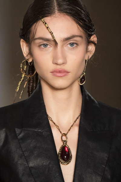 Alexander McQueen at Paris Spring 2020 (Details) [hair,eyebrow,hairstyle,lip,beauty,forehead,chin,fashion,jewellery,fashion model,fashion accessory,alexander mcqueen,supermodel,fashion,fashion week,model,runway,hairstyle,paris fashion week,milan fashion week,alexander mcqueen,milan fashion week,paris fashion week 2019,fashion week,runway,fashion,model,supermodel,fashion accessory,fashion show]
