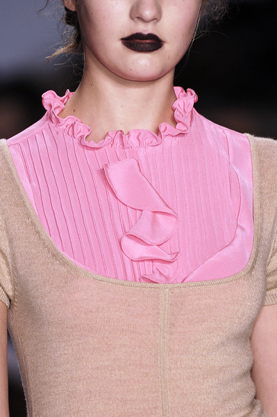 Alice Roi at New York Fall 2006 (Details)