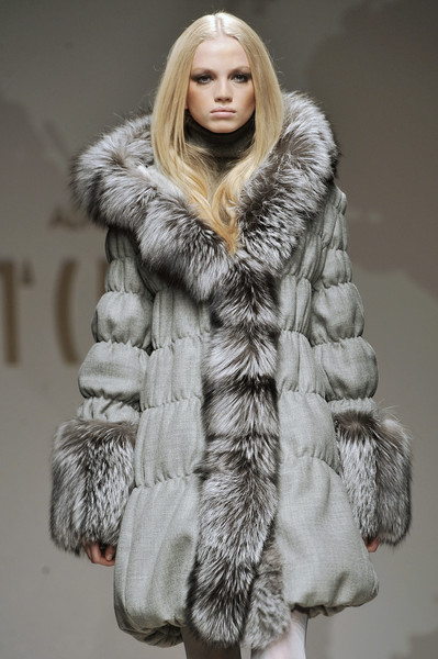 Alviero Martini at Milan Fall 2009