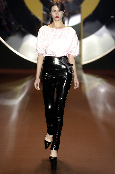 Amaya Arzuaga at Milan Fall 2004
