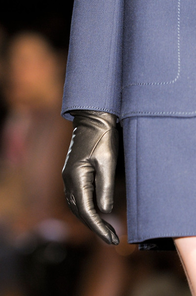 Andrew Gn at Paris Fall 2012 (Details)