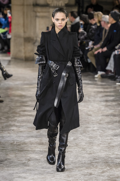 Ann Demeulemeester At Paris Fashion Week Fall 2018 Livingly