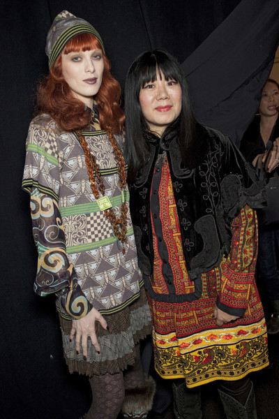 Anna Sui at New York Fall 2010 (Backstage)
