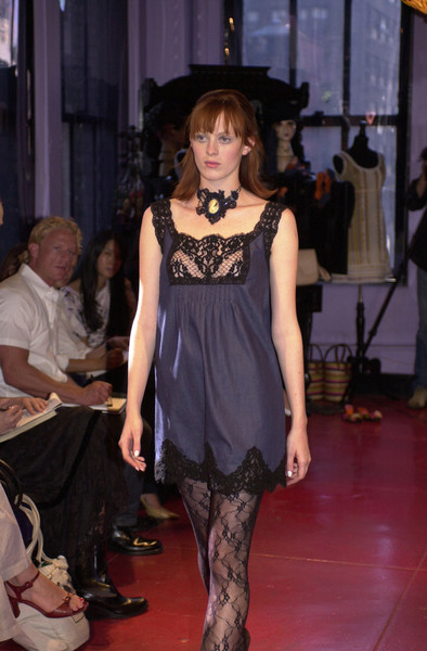 Anna Sui at New York Spring 2002