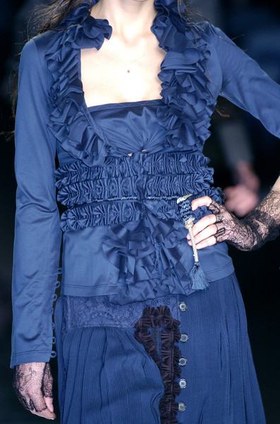 Antonio Berardi at Milan Fall 2005 (Details)