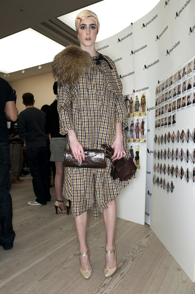 Aquascutum at London Fall 2009 (Backstage)