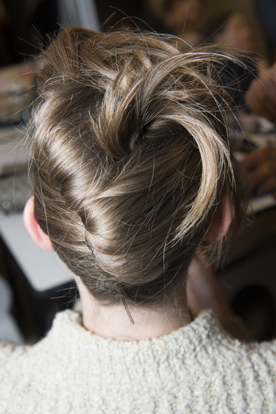 Armani Privé at Couture Spring 2018 (Backstage) [hair,hairstyle,beauty,chignon,bun,long hair,blond,brown hair,hair coloring,neck,blond,hair,hairstyle,brown hair,hair,bun,hair coloring,armani prive,banana,couture spring 2018,hairstyle,bun,hair coloring,long hair,brown hair,hair,hair,06q,blond,banana]