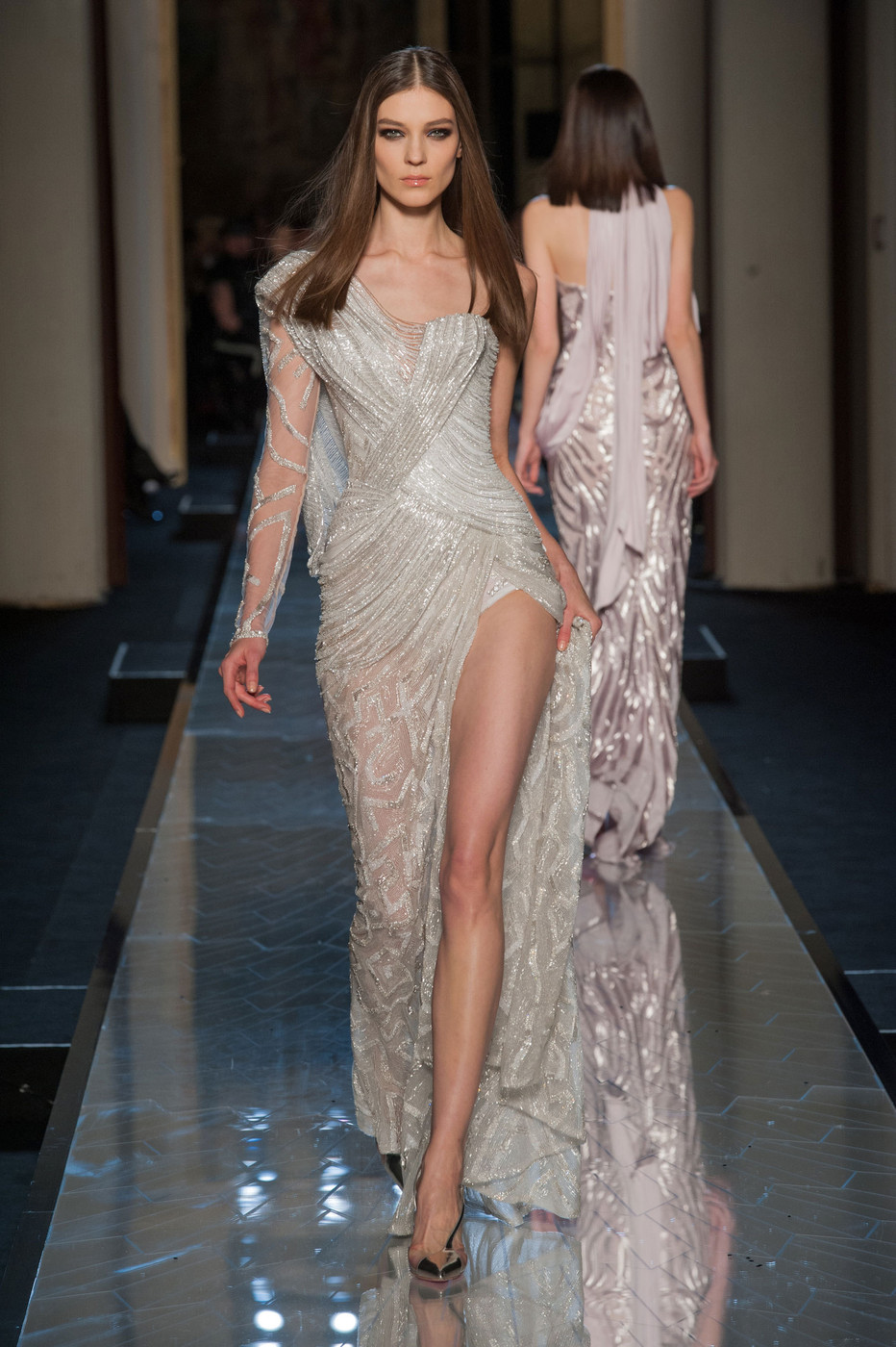 Atelier versace the dreamiest couture dresses of spring for Haute couture list
