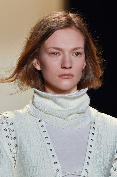 BCBG Max Azria at New York Fall 2015 (Details)