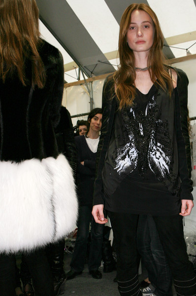 Barbara Bui at Paris Fall 2009 (Backstage)