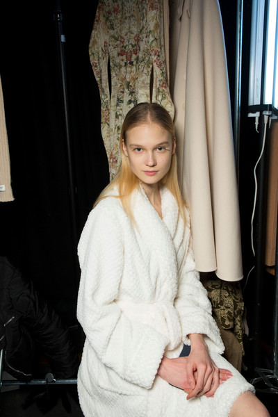 Beautiful People at Paris Fall 2019 (Backstage)